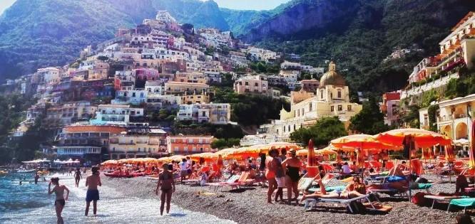 BeachPOSIiiii.jpg