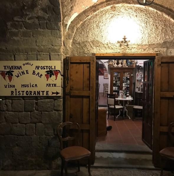 TavernaApostoliAMALFiiiiiiiiiiiii.jpg