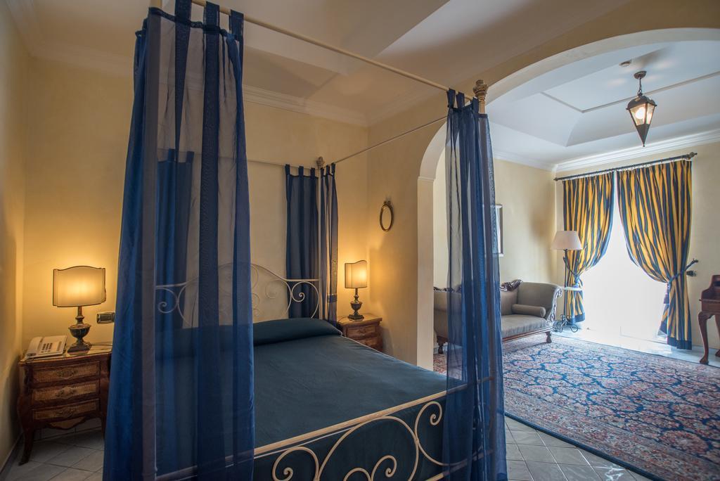 HotelOSAroomPOSITANO