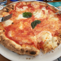 Pizza in Positano